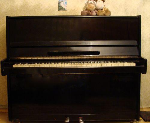 пианино фото десна