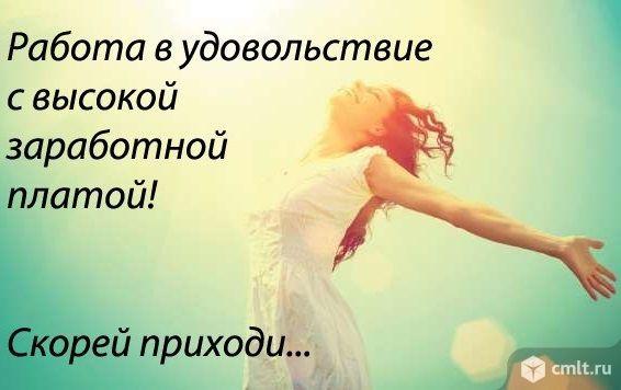 devushki-snimet-porno-v-obshage